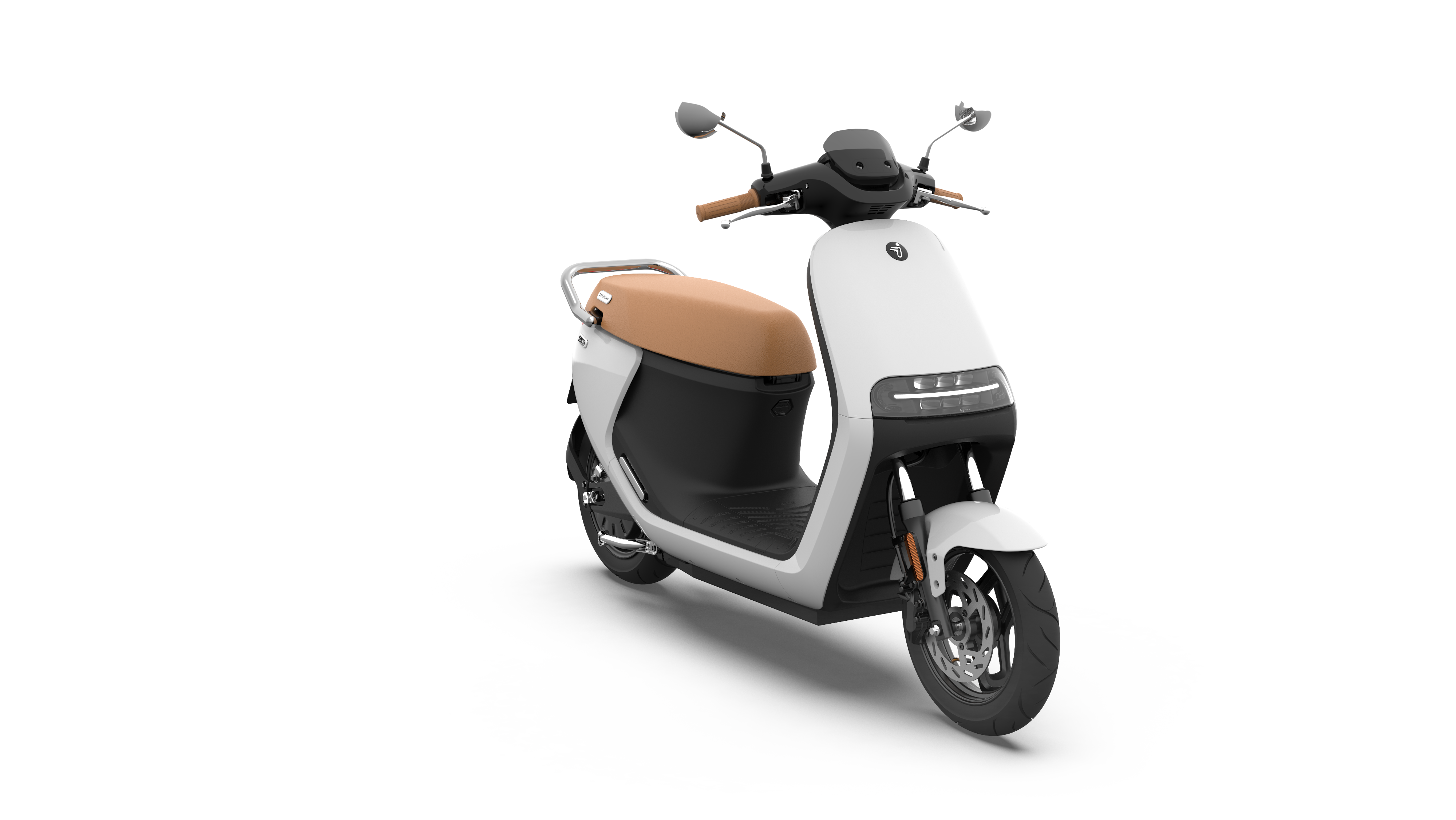 eScooter-E125S_Arctic-White-Glossy_360-13.png